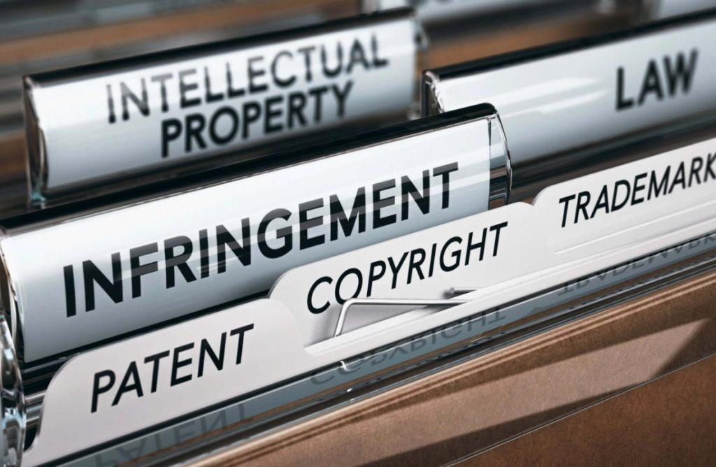 Câu chuyện pháp lý, IP, và TM